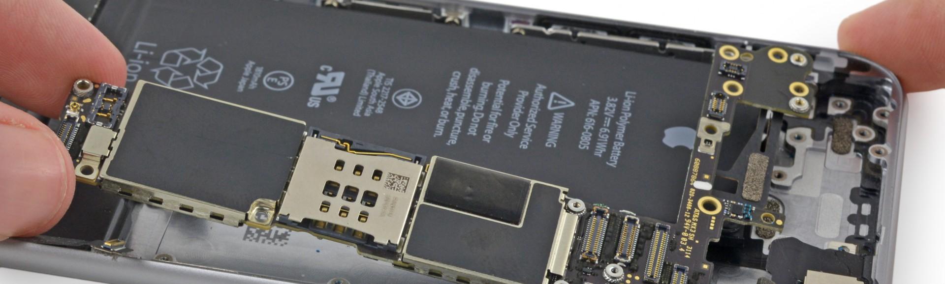 Oprava základní desky iphone